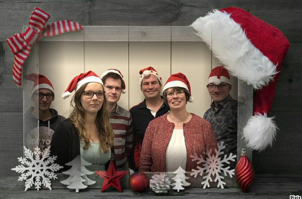 Wij wensen u Prettige Kerstdagen en een Gelukkig Nieuwjaar.